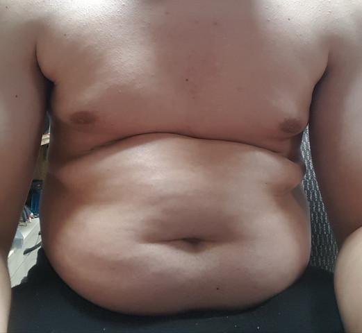 - (Bauch, Zunehmen, zu dick)